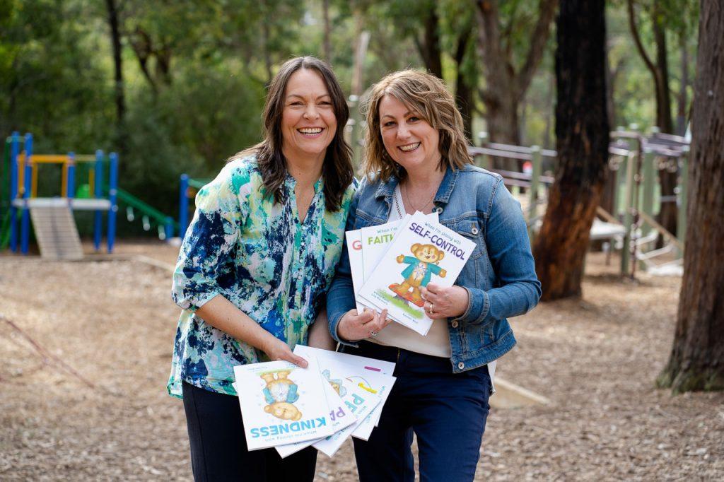 Kids Light Up Books By wendy Mason and Lisa Maravelis